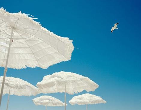ideas fiesta playa sombrillas papel