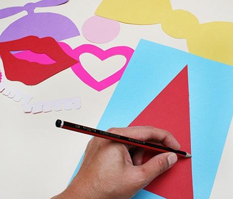 hacer photocall casero cartulinas dibujar