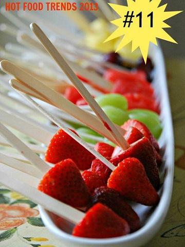 postres fruta verano brocheta