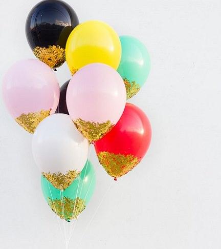 globos decorados con confeti para fiestas